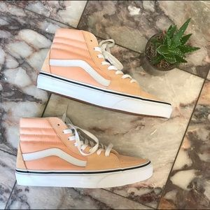 New Vans Hightops Peach Sneakers unisex